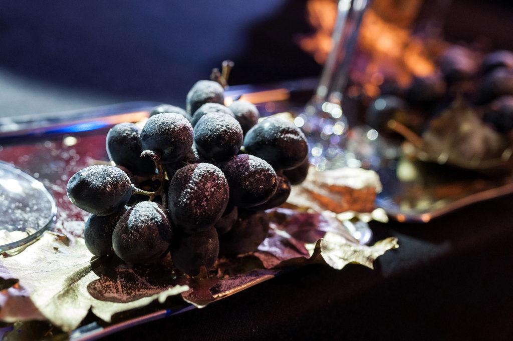 Фото винограда крупным планом. Репортаж чемпионата барменов в Рязани.