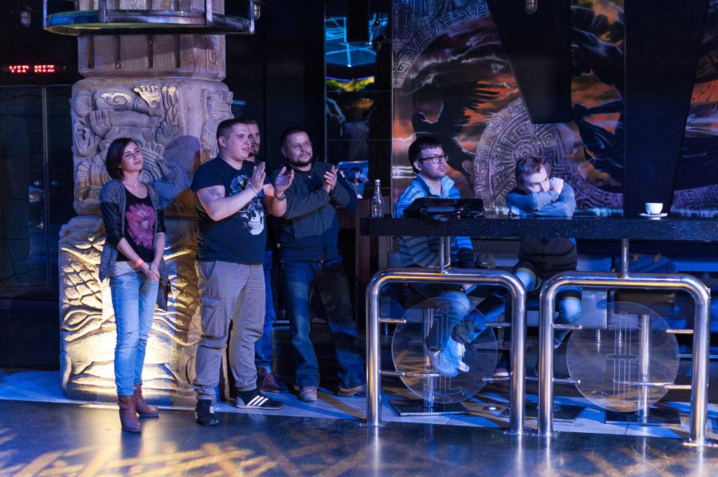 Фото гостей Чемпионата барменов. Аплодируют участникам. Репортажная съемка в Рязани