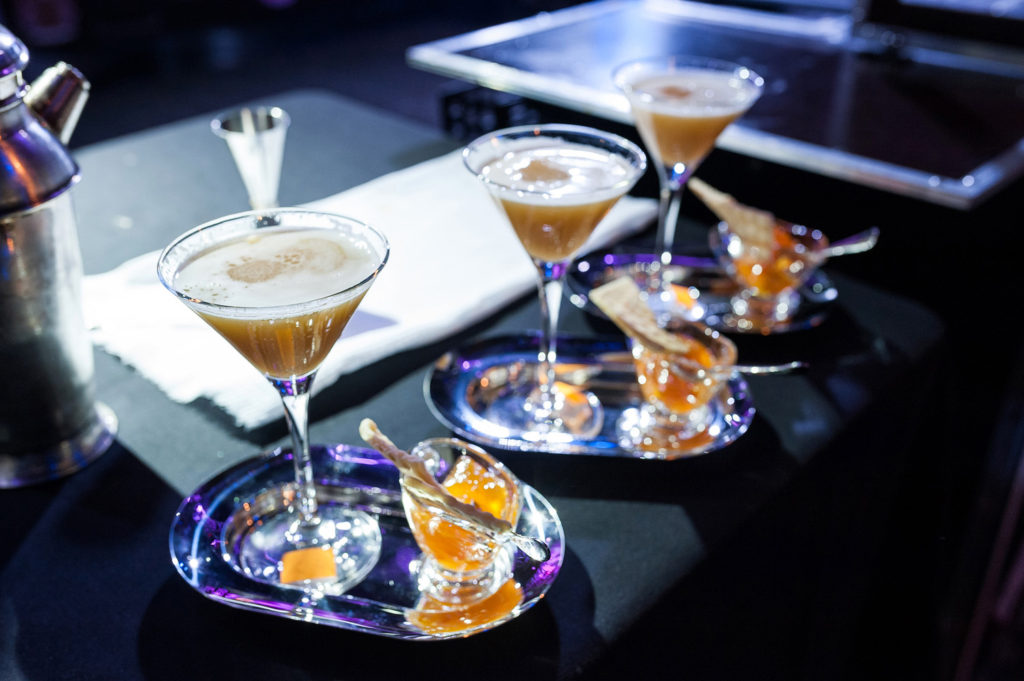 Фото готовых коктейлей крупным планом. Bartender Stars Challenge